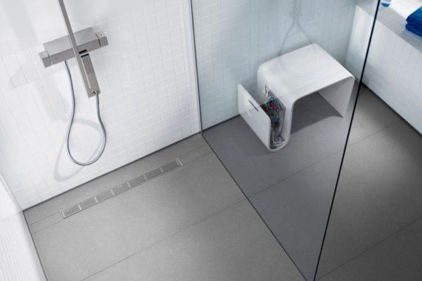 Linear shower drain