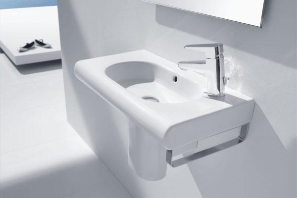 Roca meridian and compacto wash basin