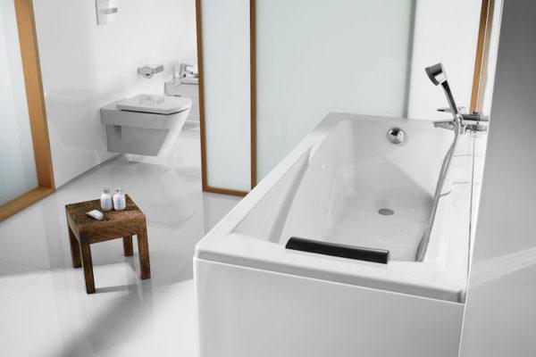 Roca Rectangular acrylic bathtub