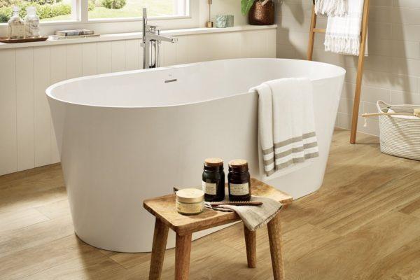 Alena roca bathtub