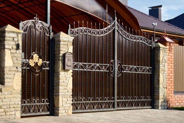 Decorative brown main gate
