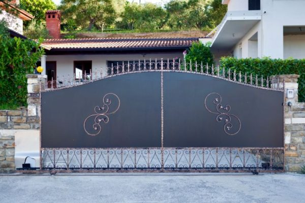 House main gate with floral design