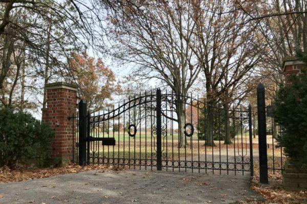 GATE759824752