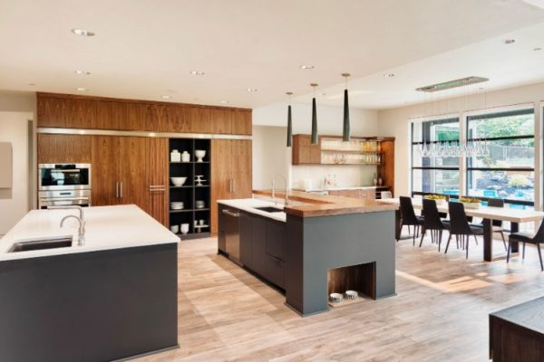 Elegant kitchen with laminate flooring