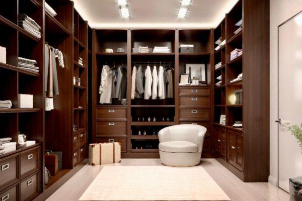 Exquisite modern closet