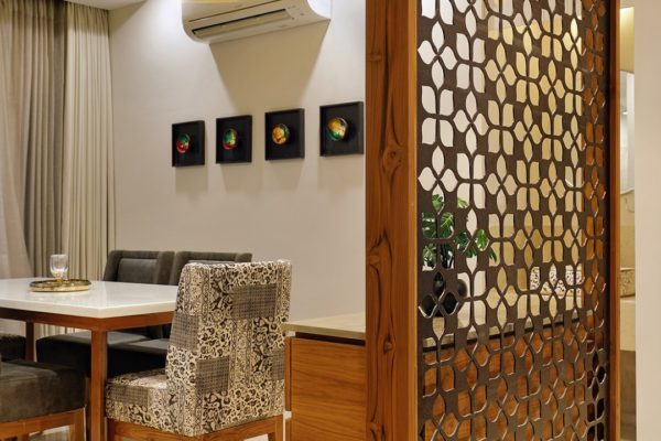 Modern dining space partition msharabia