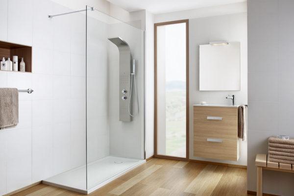 Essential detailed shower column