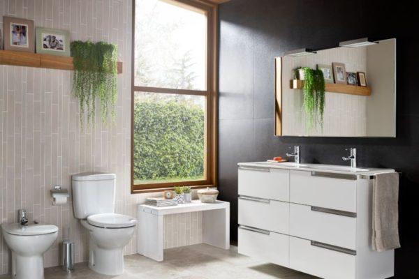 Modern bathroom with triple white shelves