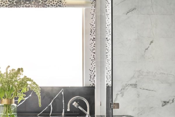 Cllear design marble kitchen top