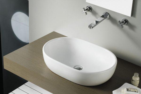 Oval white topcounter basin