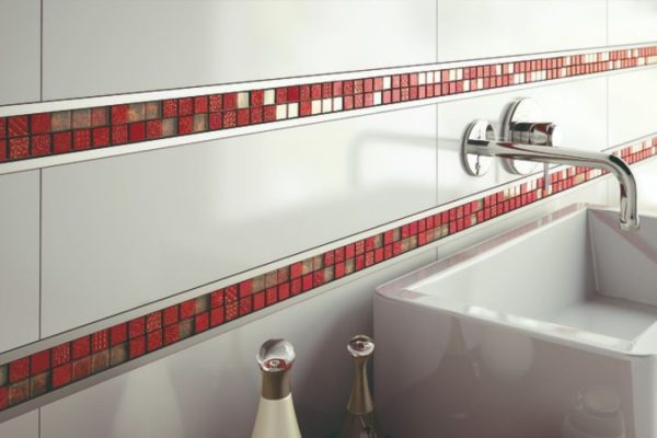 Red checked tile edge strip
