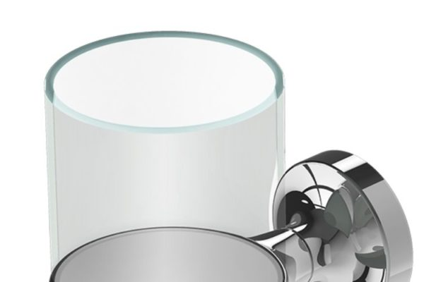 Glass holder with glass