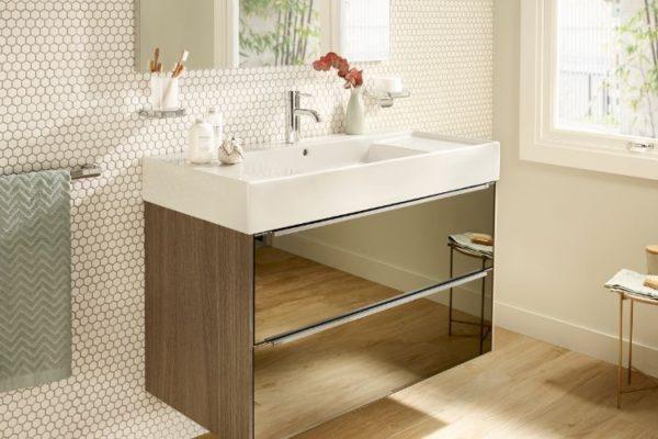 Glass surface 2 shelf horizontal cabinet