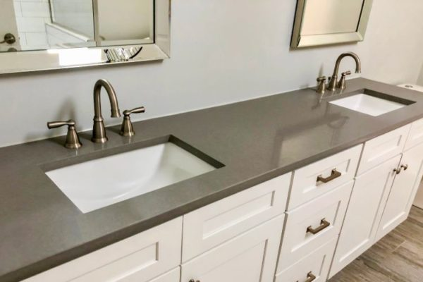 Double sink kitchen top