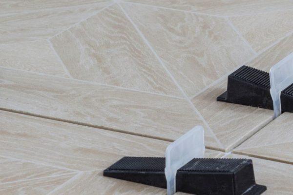 Floor tile leveller spacers Arusha